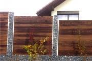 Sichtschutz und Gartenzaun Holz Drahtschotterkorb